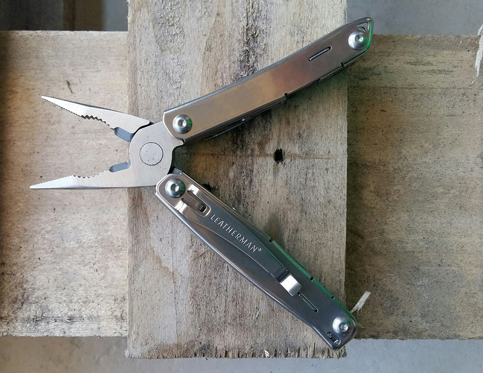 PINZA SIDEKICK Leatherman
