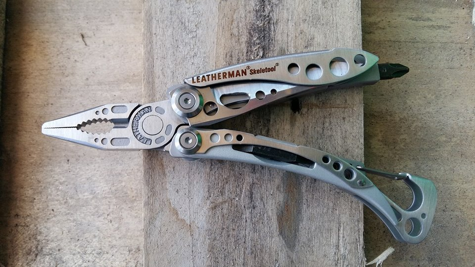 PINZA SKELETOOL Leatherman
